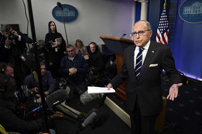 White House National Economic Council Director Larry Kudlow speaks to reporters in a lecture room of a White House in Washington, Tuesday, Jan. 22, 2019. (AP Photo/Susan Walsh)