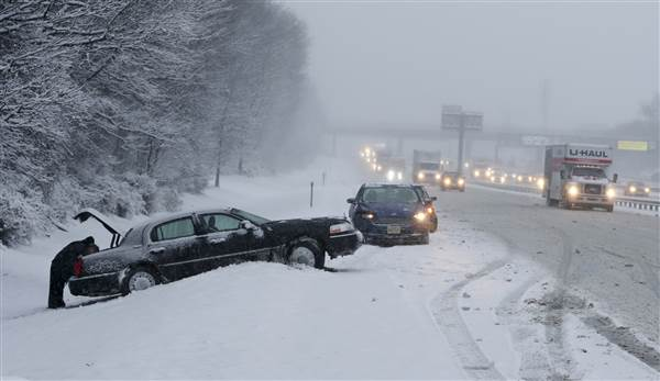 news weather five dead travel snarled winter storms lash southeast west