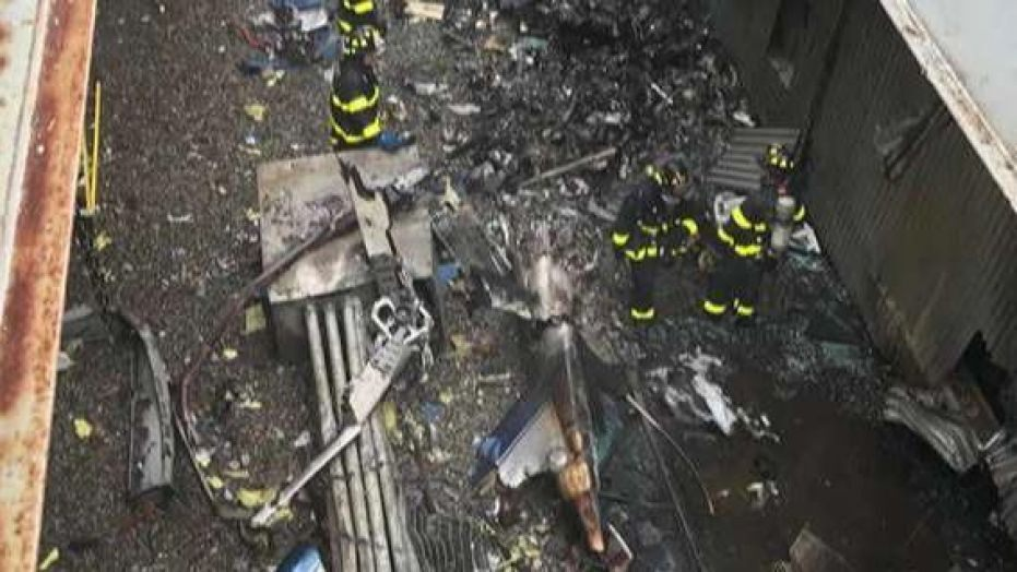 Helicopter pile-up lands on roof of NYC high rise
