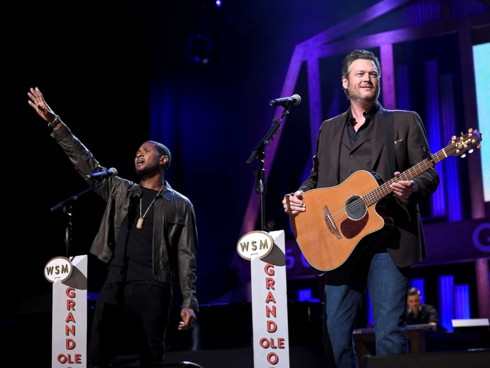 PHOTO: Usher and Blake Shelton perform onstage during Hand in Hand: A Benefit for Hurricane Relief during a Grand Ole Opry House on Sept. 12, 2017 in Nashville, Tenn.