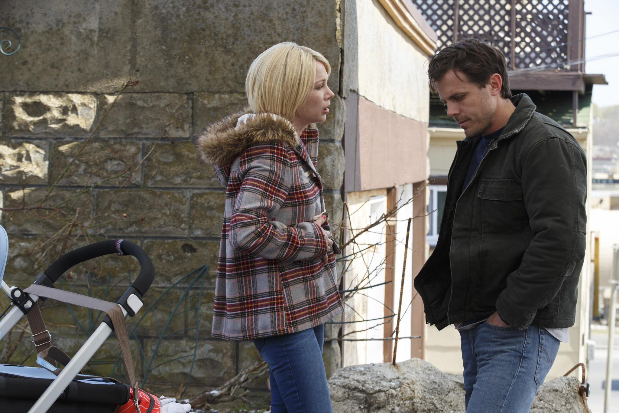 Michelle Williams and Casey Affleck in a stage from Manchester by a Sea.
