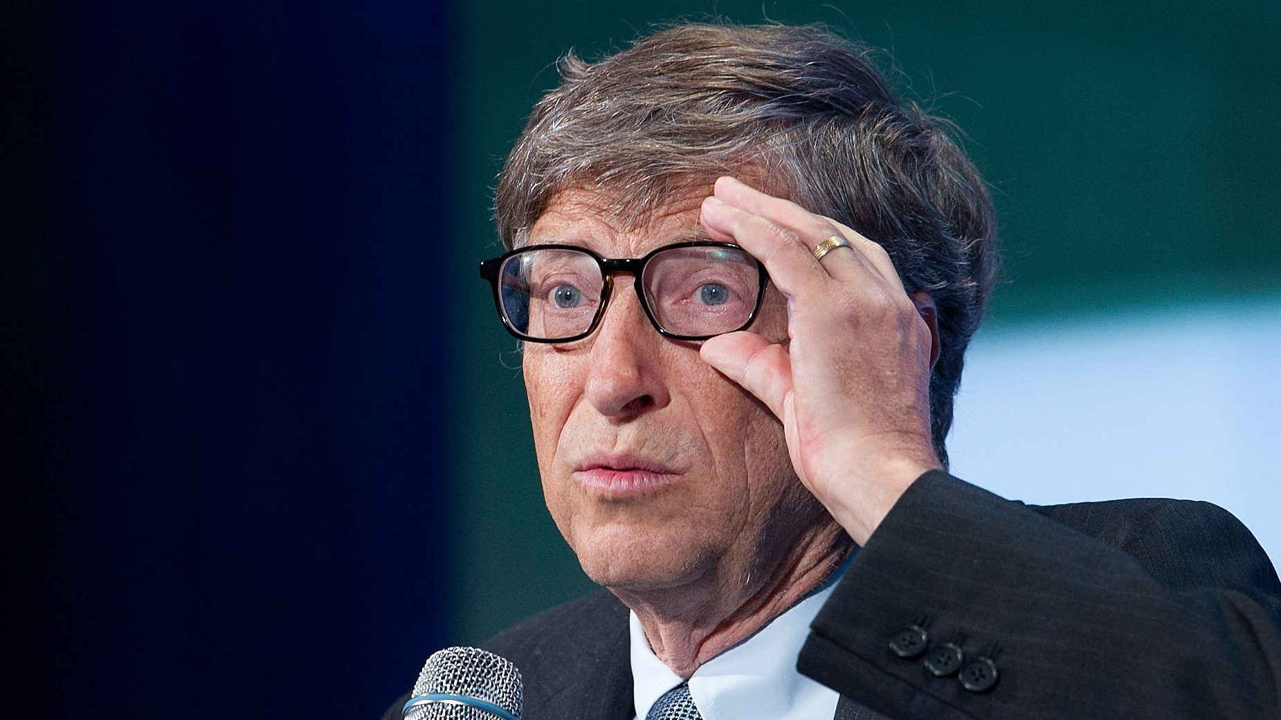 Bill Gates, co-founder of Microsoft, talks during a Clinton Global Initiative, Tuesday, Sept. 24, 2013 in New York. Gates was participating in a row contention on, Big Bets Philanthropy: Partnership, Risk-Taking, and Innovation.  (AP Photo/Mark Lennihan)
