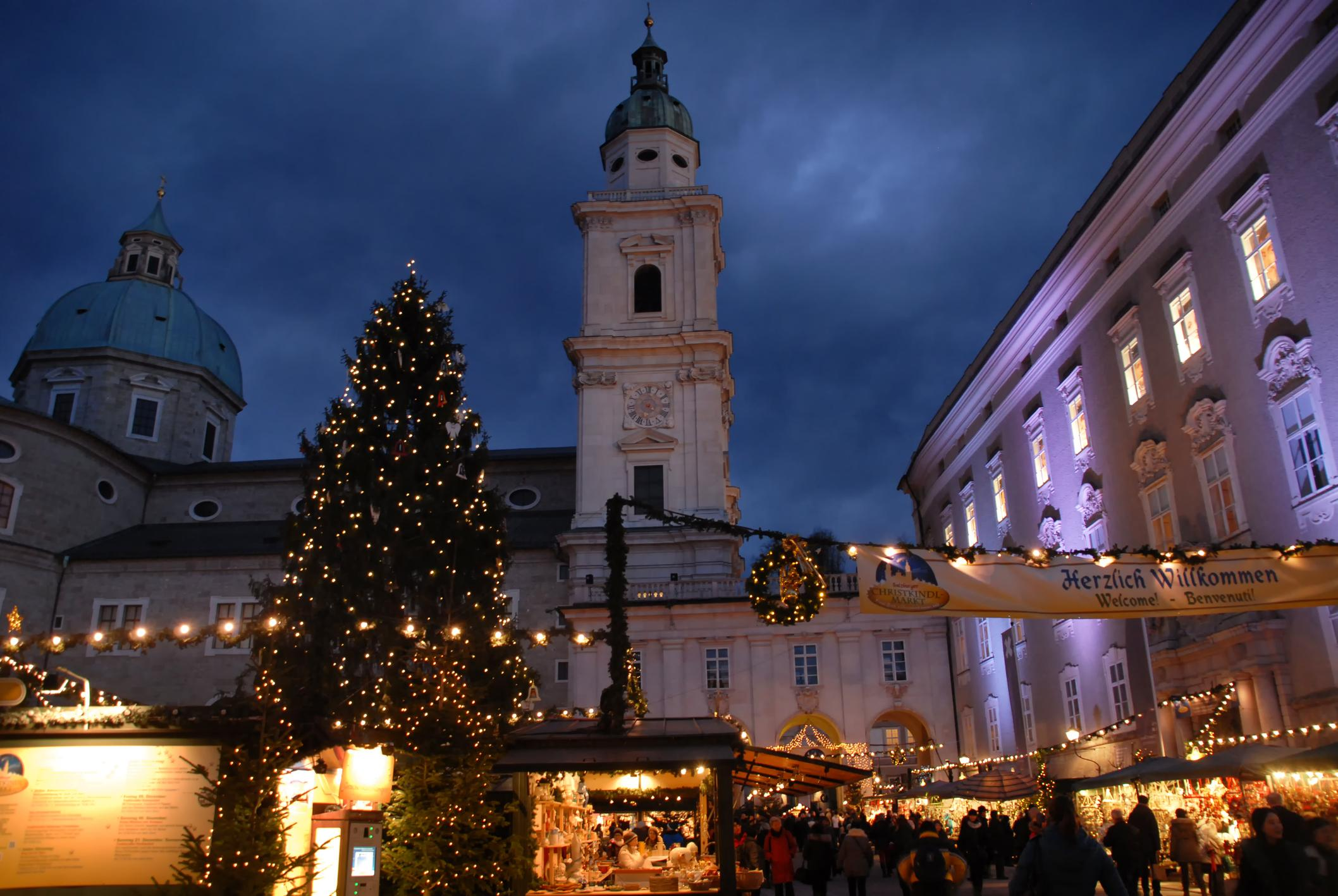 Christmas marketplace in front of Salzburg Cathedral