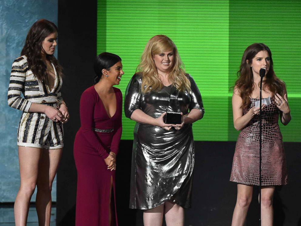 PHOTO: (L-R) Actresses Hailee Steinfeld, Chrissie Fit, Rebel Wilson and Anna Kendrick accept Top Soundtrack endowment for Pitch Perfect 2 onstage during a 2015 American Music Awards during Microsoft Theater, Nov. 22, 2015 in Los Angeles.