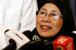 Deputy Prime Ministers Teo Chee Hean and Tharman Shanmugaratnam pronounced they looked brazen to operative with Datuk Seri Dr Wan Azizah to serve strengthen shared relations.