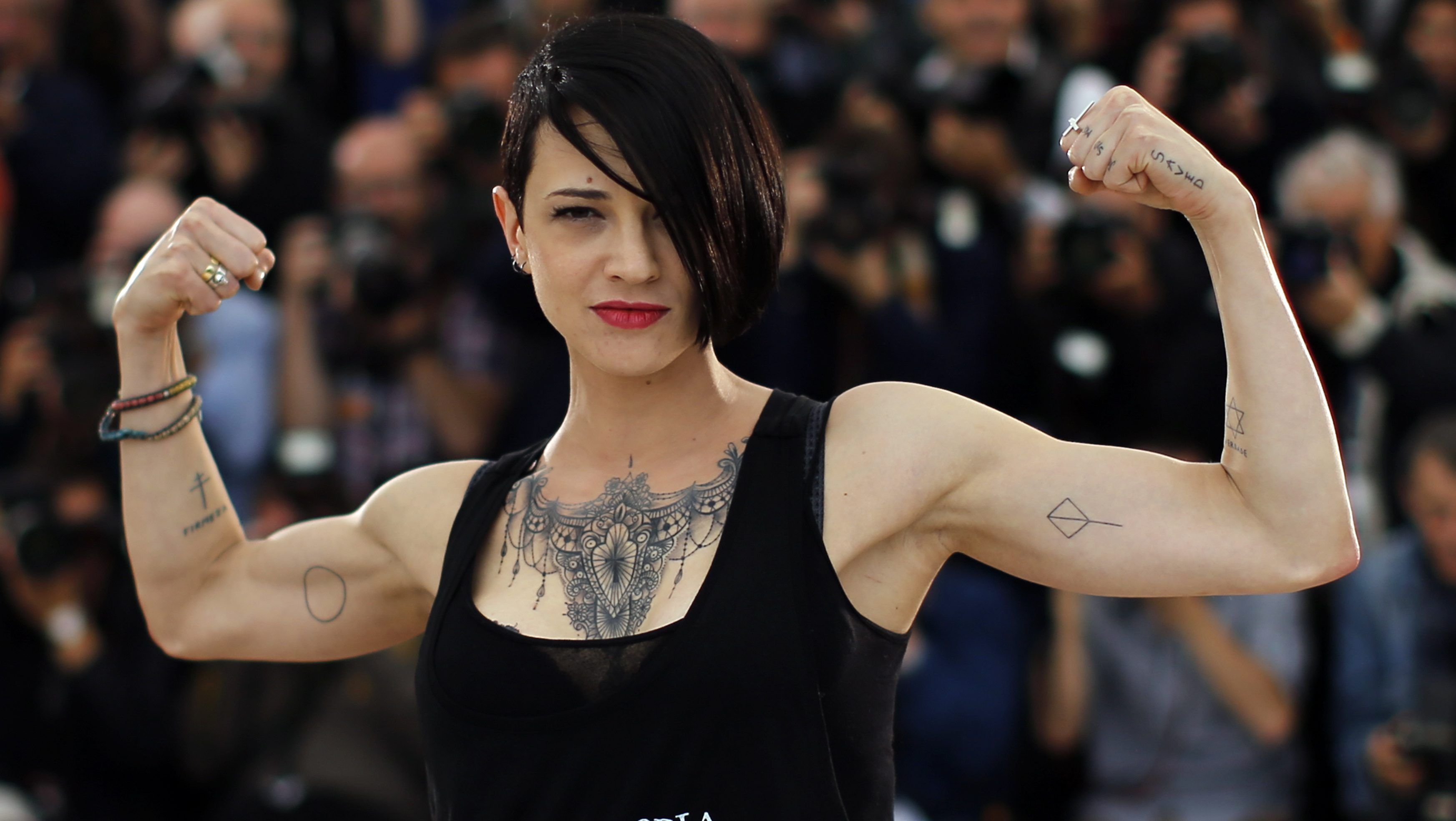 Director Asia Argento poses during a photocall for a film Incompresa (Misunderstood) in foe for a difficulty Un Certain Regard during a 67th Cannes Film Festival in Cannes May 22, 2014             REUTERS/Eric Gaillard (FRANCE  - Tags: ENTERTAINMENT)   - LR2EA5M0V0ZPV