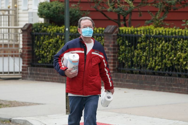 A male wearing a facade carries toilet paper and paper towels in a Bushwick territory of Brooklyn Apr 5, 2020 in New York. - The coronavirus genocide fee in New York state peaked to 4,159, a administrator said, adult from 3,565 a day prior. The fee boost of 594 showed a slight diminution in a day-to-day series of lives mislaid compared to a before day. Governor Andrew Cuomo told reporters it was too shortly to tell either a diminution from a before record of 630 deaths in one day was statisically significant. (Photo by Bryan R. Smith / AFP) (Photo by BRYAN R. SMITH/AFP around Getty Images)