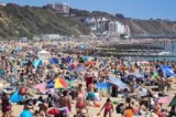 In pictures: UK heads outdoor for bank holiday sunshine