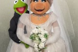 Kermit and Miss Piggy spoof Kimye Vogue cover… as James Franco and Seth … – Daily Mail