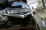Harley-Davidson LiveWire runs on electric though sounds like 'jet fighter'